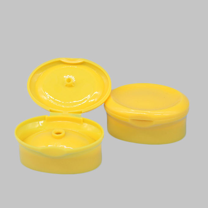 20mm Red Plastic PP Oval Flip Top Cap Snap On Cap for Shampoo Bottle